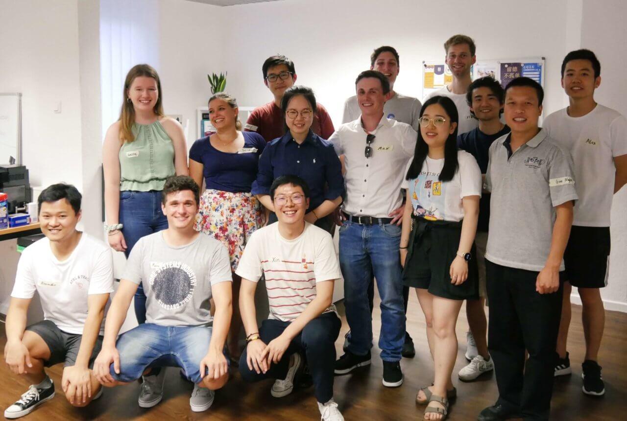 Gruppenfoto bei Sprachschule Essen, Deutschkurse Essen, DSH Essen