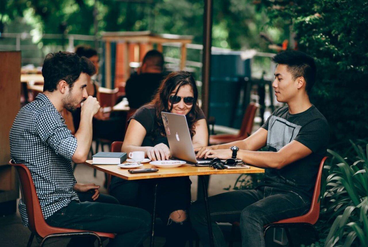 Deutsch lernen im Deutschkurse beim HLS Education Center, der TOP Sprachschule Essen